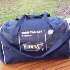 sac de sport avec le logo E21